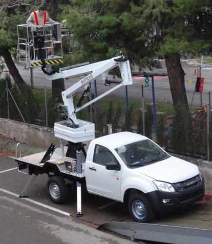 Plataforma elevadora sobre vehículo Matilsa